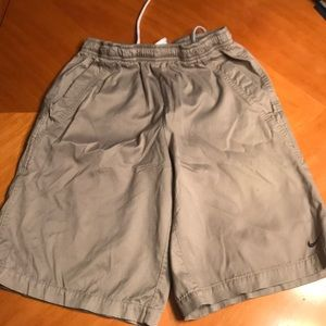 Boys size medium Nike shorts
